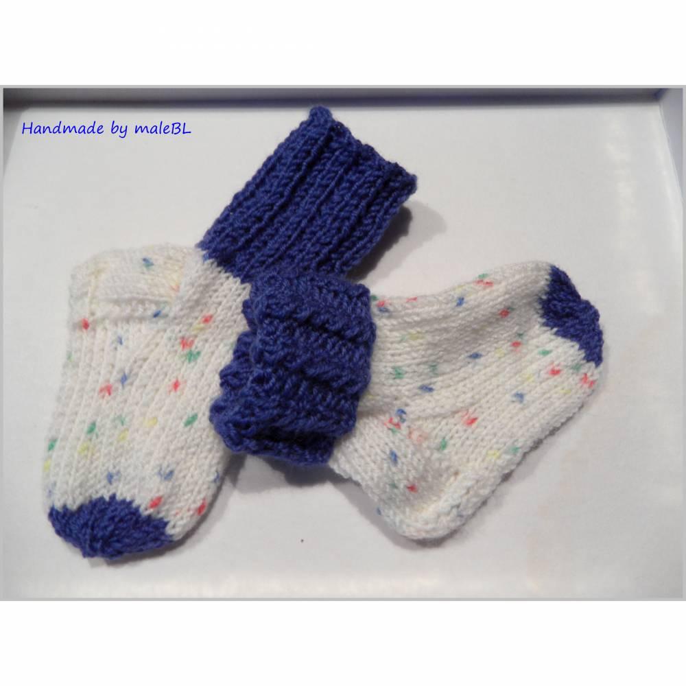 Handgestrickte Babysöckchen, Babysocken für Jungen, Blau, Weiß Bild 1