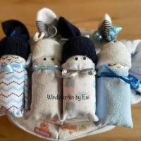 personalisierte Windeltorte für Junge: 4 Windelbabys im Tuch, Geschenk zur Geburt Bild 10