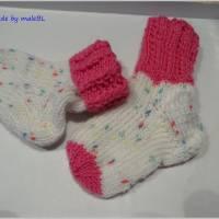Babysocken für Mädchen, Geschenk zur Geburt, pink, weiß Bild 1
