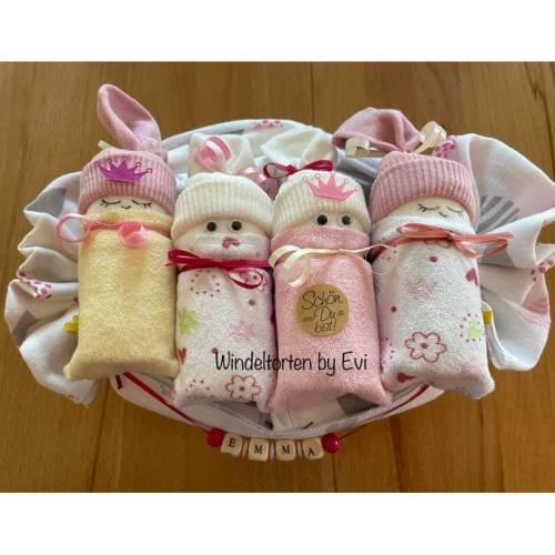 Windeltorte für Mädchen,  Windelbabys im Tuch, schönes Geschenk zur Geburt