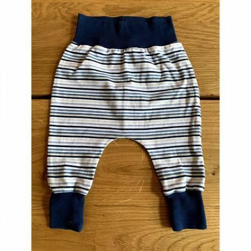 Babyhose / Baggy Pants Größe 62 Baumwolljersey blau gestreift