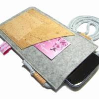 Handyhülle zum Umhängen Handytasche aus Merino Wollfilz Filz Kork Farb- und Größenauswahl Bild 2