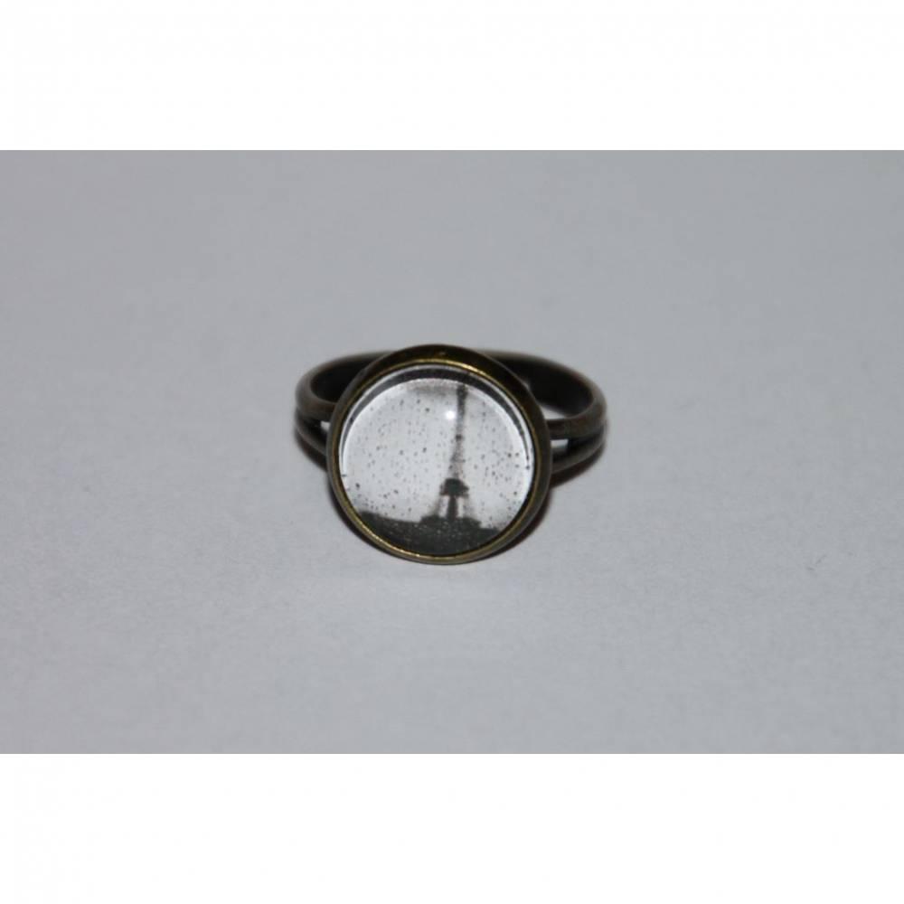 1 bronzefarbener Ring Eifelturm Bild 1
