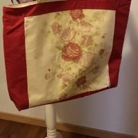 """Maxi-Shopper """"Rosenkavalier"""" Rosen Patchwork Shopper Einkauf Tasche Rote Rosen - nachhaltig durch Upcycling und  Bild 1"""