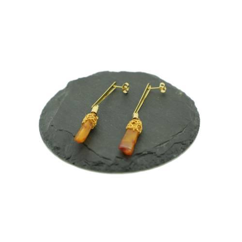 lange Damen-Bernstein-Ohrstecker mit vergoldeten Stäbchen in Braun und Gold