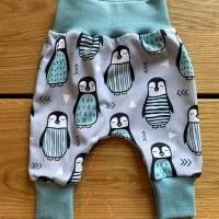 Babyhose / Baggy Pants Größen 56, 62, 68, 74, 80 Modern Jersey winterliche Pinguine türkis Bild 2