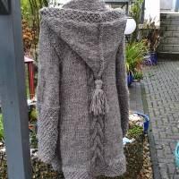Strickmantel aus Islandwolle im Mustermix und Kapuze***M***mausgrau Bild 5