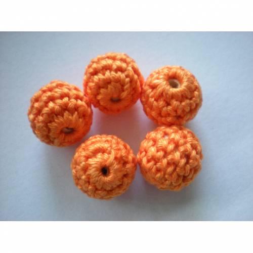 Häkelperlen 18 mm, umhäkelte Holzperlen, Farbwahl, gehäkelte Perlen, Textilschmuck, Häkelperlen für Ketten, Baby