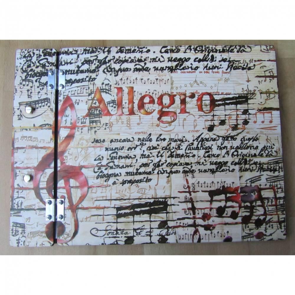 Musik-Notenbuch Bild 1