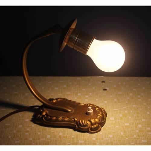 dekorative Vintage Tischlampe Nachttischlampe