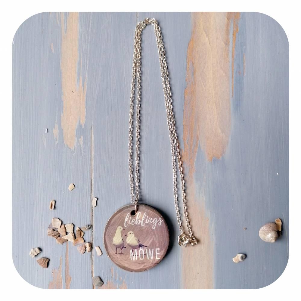 Romantische Halskette mit Betonanhänger und Möwenmotiv Bild 1