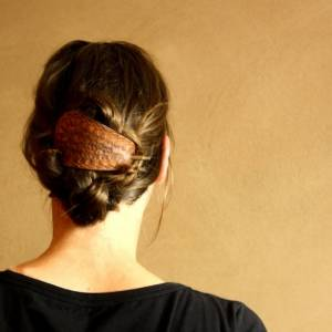 "Haarspange aus Leder ""ethno"", handgefertigte Lederspange hippie gypsy boho bohemian  Bild 1"
