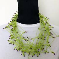 Kette aus Papiergarn grün/lila Bild 1