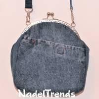 Jeanstasche mit silbernem Bügel / Handtasche / Clipverschluß / Umhängetasche / Damentasche Bild 1