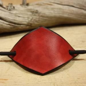 Rote Leder Haarspange, handgefertigt, mit Holzstab, Raute, rautenförmig, schlicht, minimalistisch, Hipster, retro, siebz Bild 1