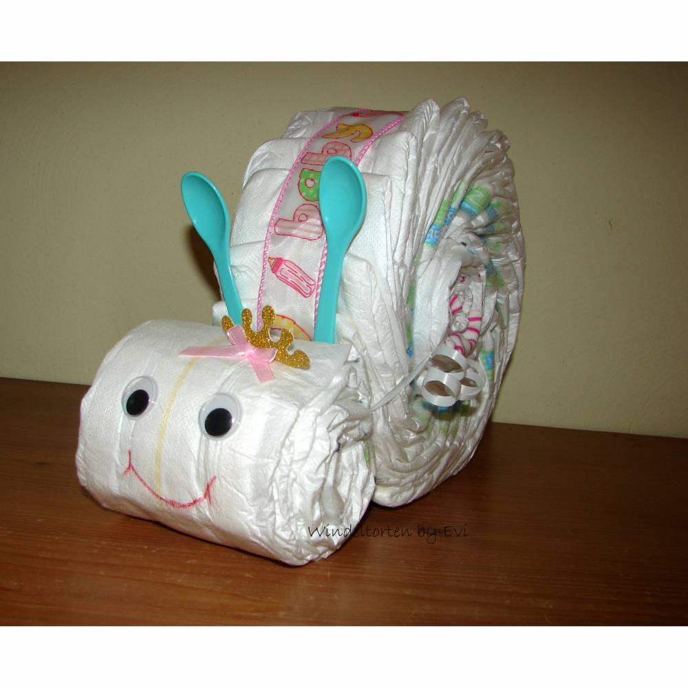 Windelschnecke mit Zubehör, Windeltorte für Mädchen, Geschenk zur Geburt Bild 1