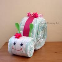 Windelschnecke mit Zubehör, Windeltorte für Mädchen, Geschenk zur Geburt Bild 9
