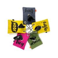 Kotbeutelspender aus dry Oilskin mit selbstentworfenen Sprüchen   Hunde Beutelspender   Siebdruck   Kotbeutel Bild 1