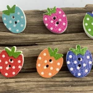 5 bunte Erdbeeren mit Punkten als Knöpfe * Erdbeerknöpfe * Erdbeeren * gepunktet * Knöpfe * Erdbeere * Scrapbooking Bild 3