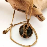 Makramee-Halskette mit Falkenauge - Kugel, Valentinstags-Geschenk Bild 5