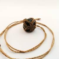 Makramee-Halskette mit Falkenauge - Kugel, Valentinstags-Geschenk Bild 6