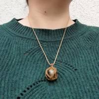 Makramee-Halskette mit Falkenauge - Kugel, Valentinstags-Geschenk Bild 8