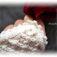 Handgestrickte Pulswärmer/Armstulpen mit Spitze für die Braut - Brautstulpen,Hochzeit,festlich,romantisch,wollweiß Bild 8