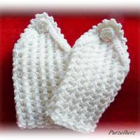 Handgestrickte Pulswärmer/Armstulpen mit Spitze für die Braut - Brautstulpen,Hochzeit,festlich,romantisch,wollweiß Bild 9