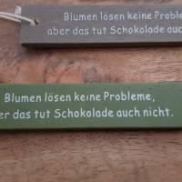 4 Geschenkanhänger Holz Holzschilder Blumenanhänger witzig Spruch verschenken Material Floristik Bild 1