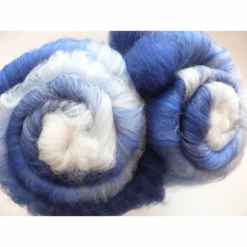 50 g blau-weißes Batt Faser Spinnfaser handkardiert, Schaf-Schurwolle austral. Merino Cake Vlies, verschiedene Blau