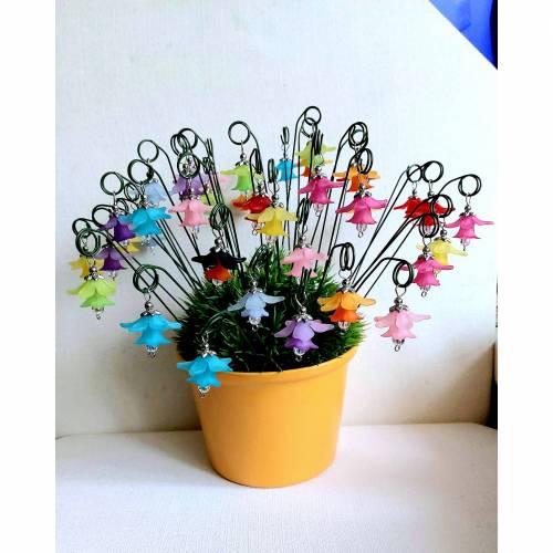 Süße kleine Blumenstecker in 11 Farben