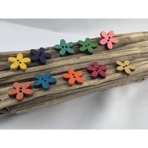 10 runde bunt durchgefärbte Holzknöpfe * Blume * Blumenknöpfe * 15 mm * gelb lila rot grün blau orange * Knöpfe * Scrapb