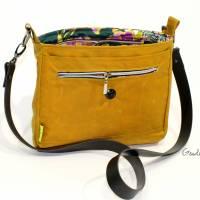 """Handtasche """"Alexia"""" aus Oilskin, curry Bild 7"""