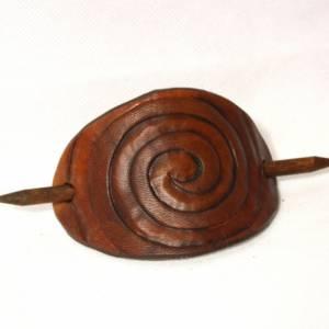Mittelbraune Haarspange mit punzierter Spirale, Leder Haarspange, Haarklammer aus Leder, tan, Mittelalter, Goa, rustikal Bild 2