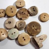 13 Vintage Hornknöpfe Mix beige braun, Trachtenknöpfe, Hirschhornknöpfe, alte Knöpfe, Horn, Trödel Dings da Bild 2