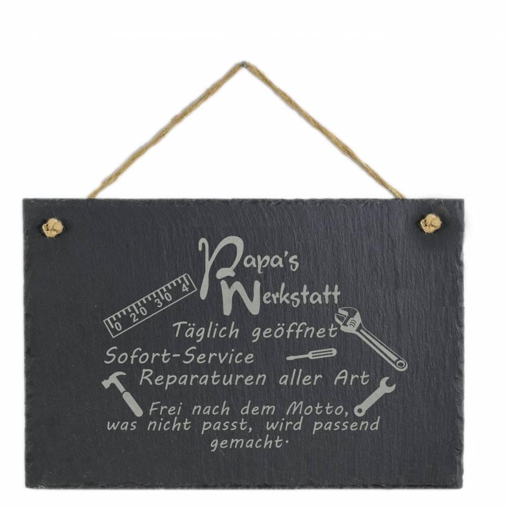 Spruchtafel Papas Werkstatt auf Schiefer graviert zum Aufhängen Geschenkidee Geburtstag Vatertag Bild 1