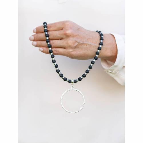 Halskette mit Anhänger, Perlenkette mit Anhänger, Ring, Silberring, Bohemian, Ethno, Geschenk, Lava, Unikat, Gothic, Bet