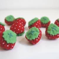 Stoff Erdbeeren - Kaufladen, Kinderküche Bild 2