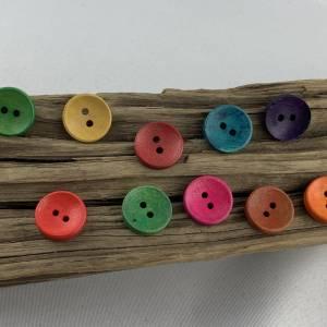 10 runde, bunt durchgefärbte Holzknöpfe * 15 mm * gelb rot grün blau orange * Knöpfe * Scrapbooking * Motivknöpfe Bild 2