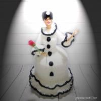 Klorollenhut, Lady Pierrette, Klorollenpuppe, gehäkelt, Pierrot Bild 2