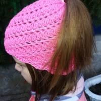 Mütze für Zopf oder Pferdeschwanz gehäkelt Handarbeit pink ca. 48-55 cm Bild 2
