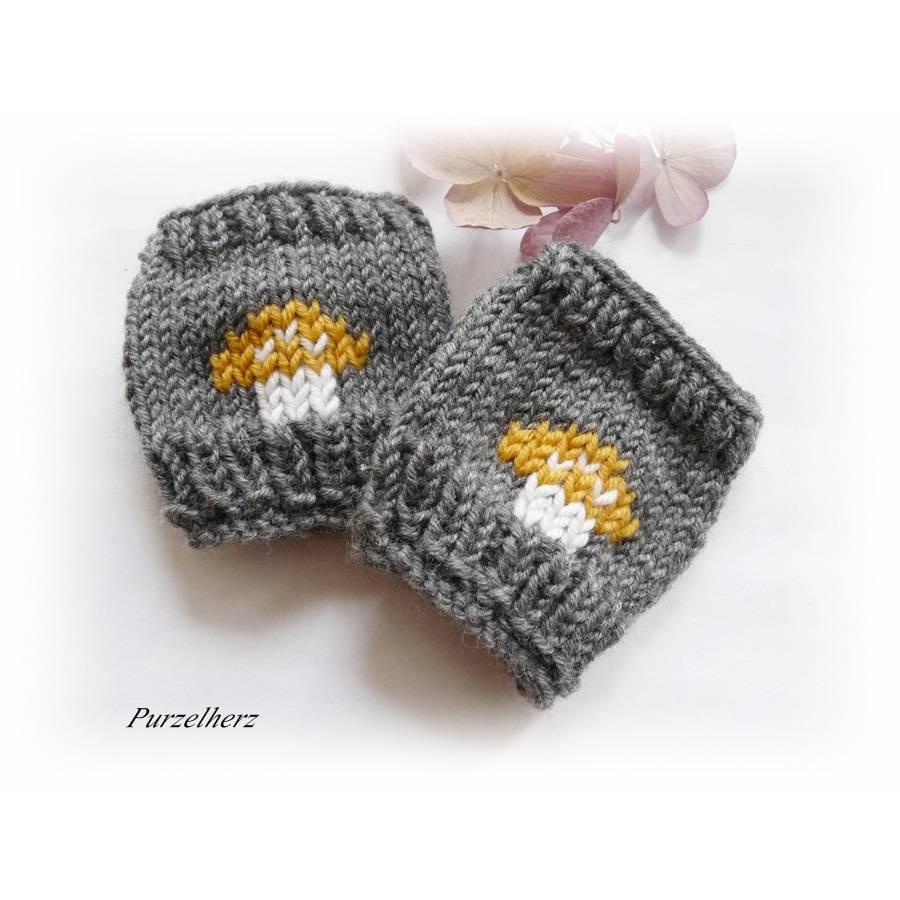 Handgestrickte Pulswärmer/Armstulpen mit Pilz für Baby´s/Neugeborene - Handstulpen,Geschenk,Geburt,grau,ocker  Bild 1