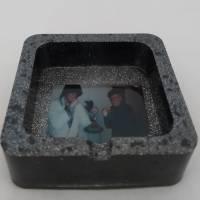 Aschenbecher Rund/Viereckig (Resin) Bild 1