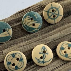 10 Holzknöpfe *natur * mit maritimen Motiven * Holz * 15mm * Scrapbooking * Motivknöpfe * Kinderknöpfe * Anker * Seil *  Bild 4