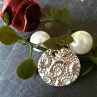 Runder Silber-Anhänger mit eingeprägten Ammoniten aus 999 Silber Bild 5