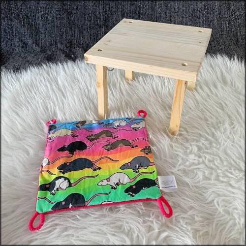 Rattenrudel Regenbogen | Hängemattengestell mit Hängematte für Meerschweinchen, Weißbauchigel & Ratten  | ca. 20x20cm