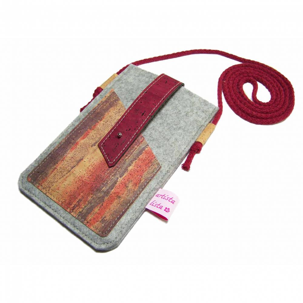 Handyhülle zum Umhängen mit Korklasche Crossbody Bag aus Merino Wollfilz Filz Kork Farb- und Größenauswahl Bild 1