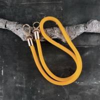Taschenhenkel aus Segelseil mit goldfarbenen Karabinern in unterschiedlichen Farben und Längen Bild 8
