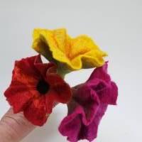 Kugelschreiber Blume aus Filz, besonderes Schreibgerät. Filzblüte, Stift, Schreibutensilien Ostergeschenk Bild 4