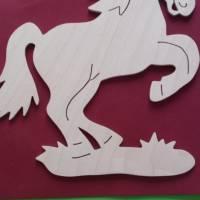 Fensterbild springendes Pferd Bild 1